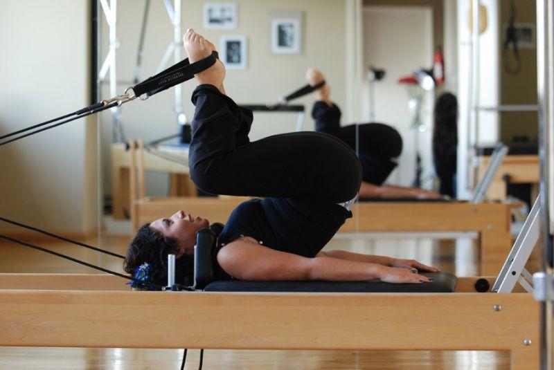 Πώς και πόσο βοηθά το Pilates στην απώλεια βάρους;